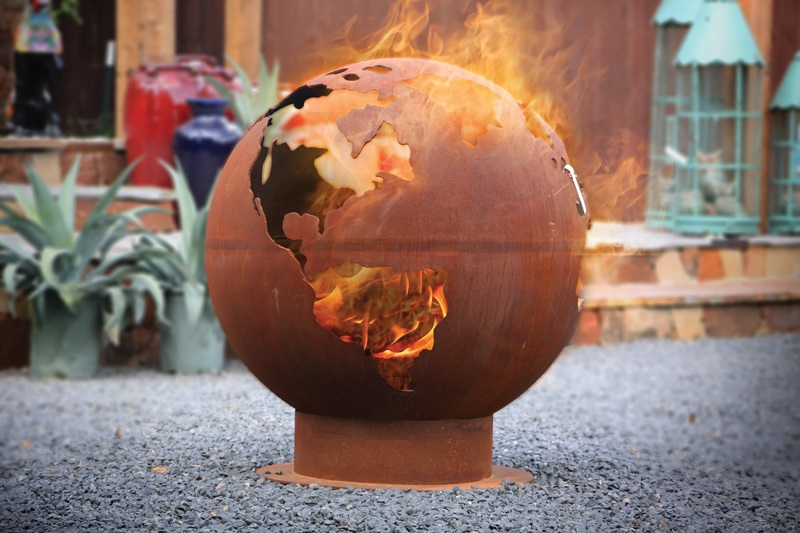 unique fire pits bbq fire pits the globe. Black Bedroom Furniture Sets. Home Design Ideas